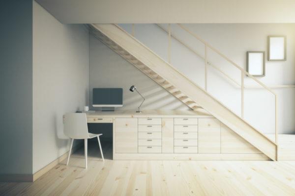 Des idées pour agencer l'espace sous vos escaliers